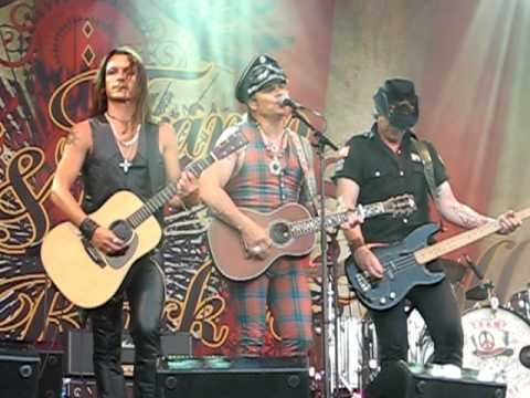 Mike Tramp & The Rock'n'Roll Circuz - When The Children Cry (Gilleleje)
