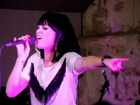 Jessie J - L.O.V.E (live from XOYO, London - 11.11.10)