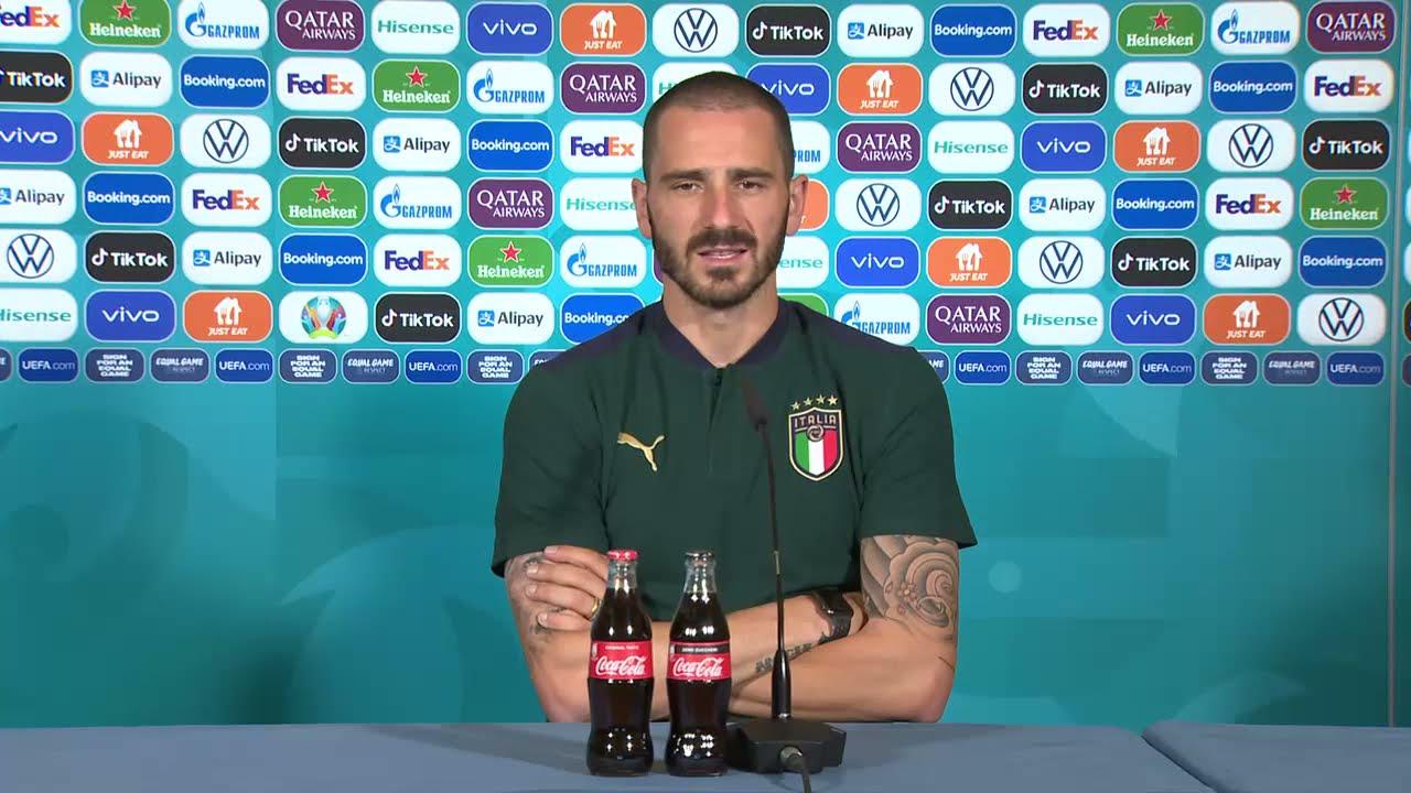 Roberto Mancini, Leonardo Bonucci -Euro 2020 - YouTube