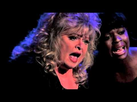 Sally Struthers in Chicago at Union Station Kansas City