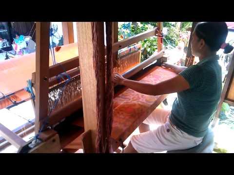 Bali weaver - sarong textile