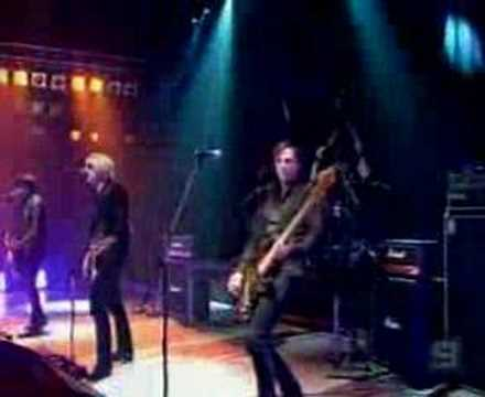 The Androids - Whole Lotta Love live on the Footy Show