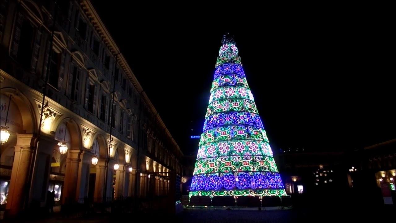 Albero Di Natale A Torino.Torino Piazza San Carlo Albero Di Natale Youtube
