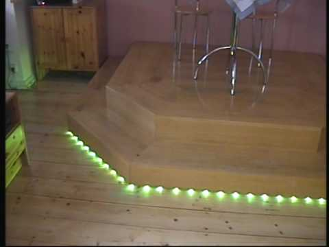 rgb led 39 s installation unter einem podest youtube. Black Bedroom Furniture Sets. Home Design Ideas