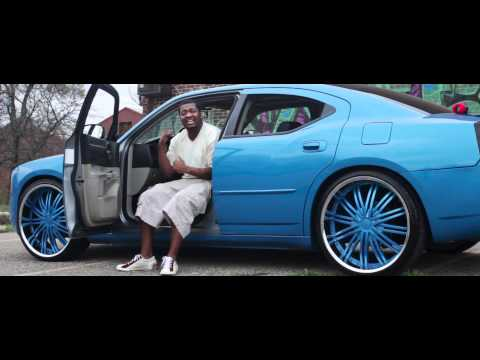 "(nse)-scrilla-co-""i-got-my-money-up""-(official-music-video)"