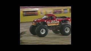 Madusa vs Gunslinger Monster Jam World Finals Racing Quarter Finals 2000