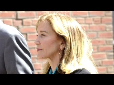 Frankie Darcell - Actress Felicity Huffman To Plead Guilty in College Admission Scandal