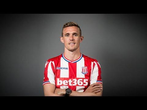 Darren Fletcher Signs For Stoke City
