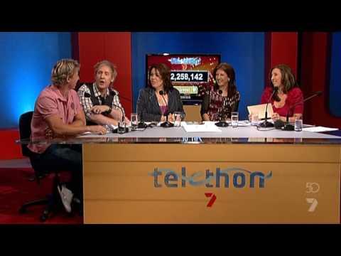 Telethon 2009 - Tina Altieri and the panel