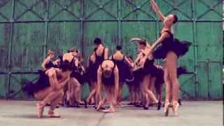 Kanye West - Hold My Liquor (Fan Video)