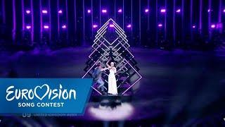 Flitzer stört ESC-Auftritt von Großbritannien | Eurovision Song Contest | NDR
