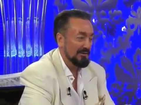 Beril Koncagül hocamıza başörtüsü çok yakıştı maşaALLAH (Adnan Oktar)