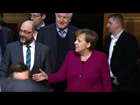 ألمانيا: المحافظون والاشتراكيون يتوصلون إلى اتفاق لتشكيل ائتلاف حكومي…  - 11:22-2018 / 2 / 7