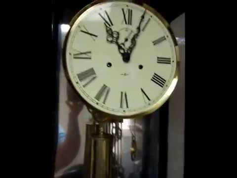 Howard Miller 522622 Cable Driven Gong Clock For Parts or