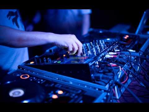 Смотреть танцевальную поп музыку, хиты диско
