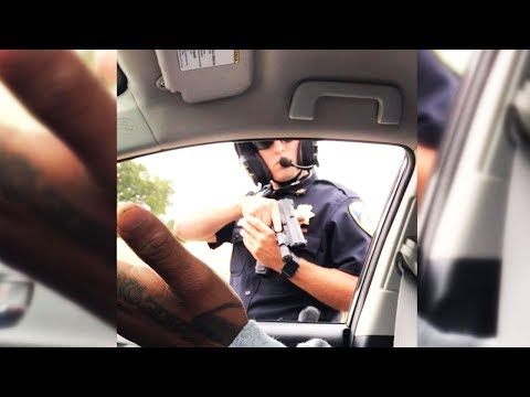Cop Won\'t Stop Pointing Gun At Passenger (VIDEO)