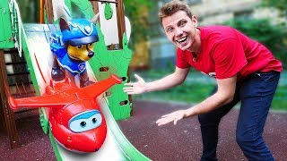 Видео для детей про Супер Крылья и Щенячий Патруль на детской площадке!