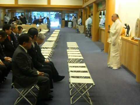 靖国神社春季例大祭 本朝衆院副議長として靖国神社に参拝する①
