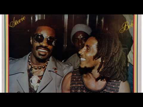 Bob Marley & Stevie Wonder - i shot the sheriff live in jamaica 75