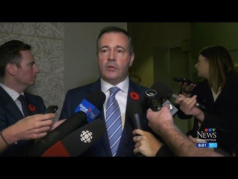 Jason Kenney criticized over $16K charter flight for other premiers
