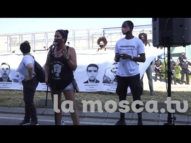 12-6-21 Concentració davant del CIE de Barcelona [ contrainfos ]