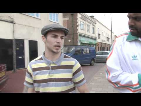 Walks The Walk - with Kevin Mitchell / for iFILM LONDON / MURRAY v MITCHELL