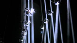 Фантастическое световое шоу летающих роботов [HD1080p]
