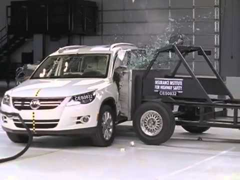 voiture crash test 2009 volkswagen tiguan side test youtube. Black Bedroom Furniture Sets. Home Design Ideas