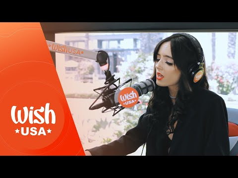 """Savannah Young  performs """"Angel Face"""" LIVE on the Wish USA Bus"""