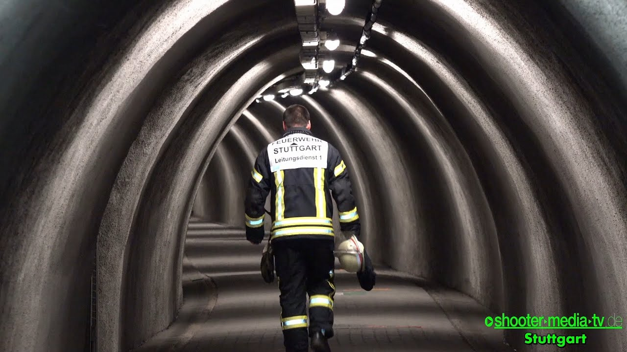 UNFALL & FEUER im Wagenburgtunnel - [Übung / Einsatzmöglichkeiten ...