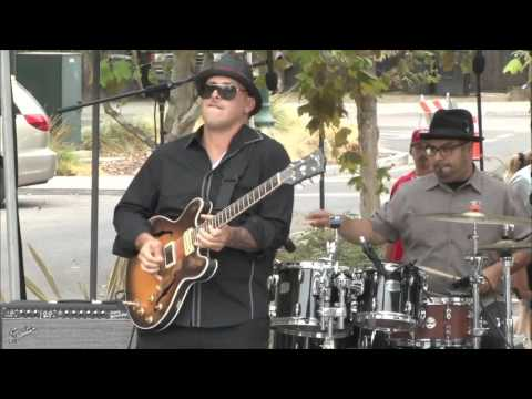 Blues and Brews- Max Cabello Jr. Band (RCF TTL33A + TTS26A)