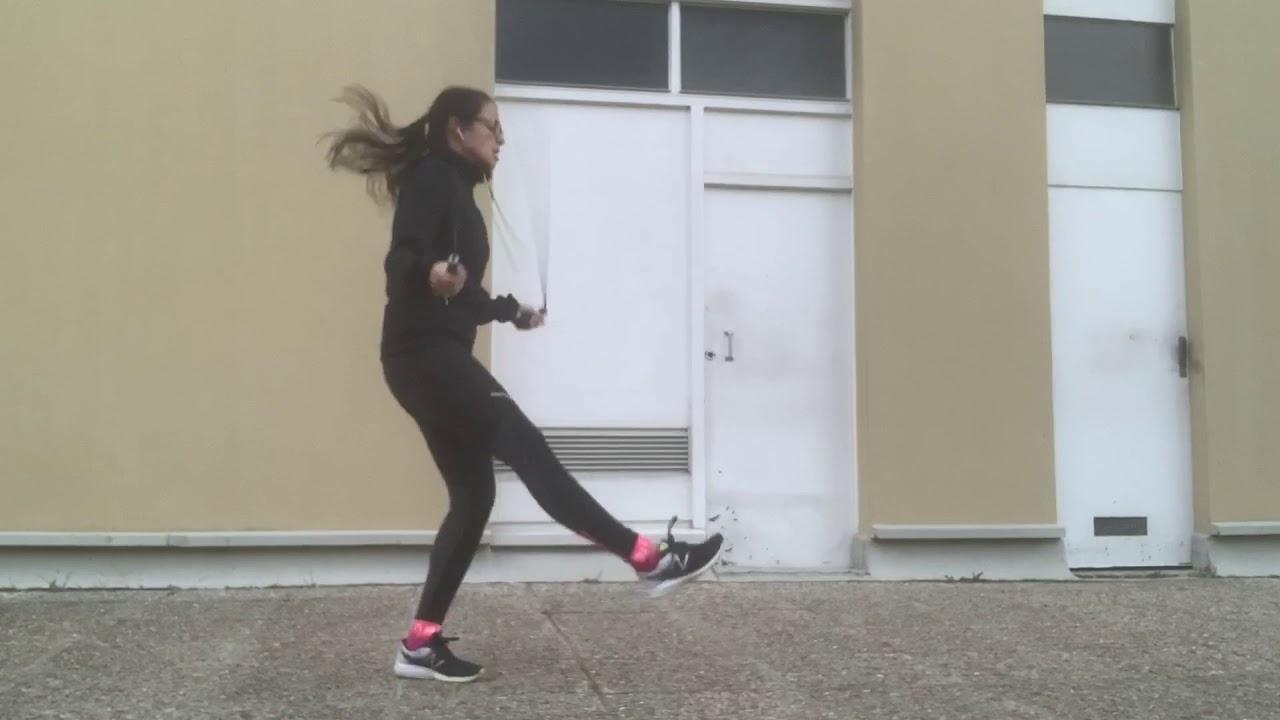 Les pas en corde à sauter