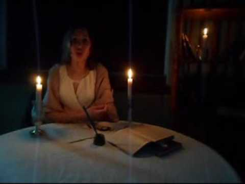 Изображение предпросмотра прочтения – АликаБакатуро читает произведение «О, как убийственно мылюбим…» Ф.И.Тютчева