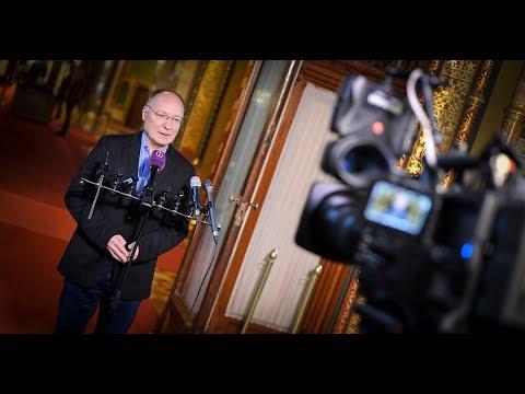 MSZP | Matolcsy elmenekült a Parlamentből