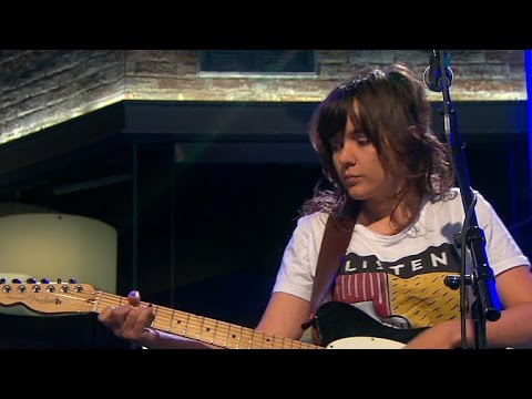 Saturday sessions courtney barnett performs avant - Courtney barnett avant gardener lyrics ...