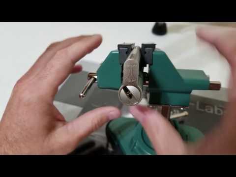 Взлом отмычками Mul-T-Lock MT5   (43) Lockpicking: Mul-T-Lock MT5 Pick and Gut