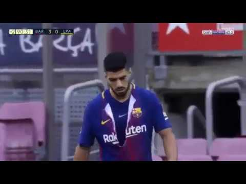 newest collection 9f262 c1104 Luis Suarez rips his Barcelona jersey after missing goal-scoring chance Vs  Las Palmas