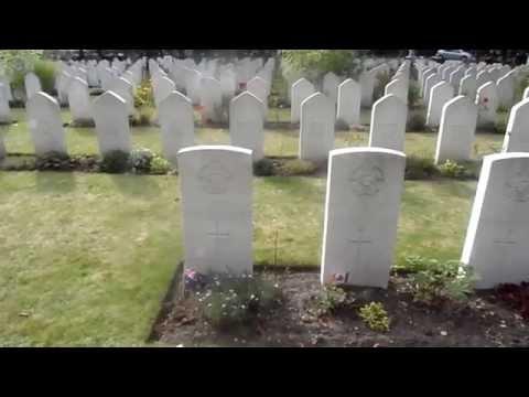 Newark-On-Trent Commonwealth & Polish War Graves Newark Cemetery NG24 1SQ