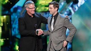 Aaron Rodgers & Brett Favre trade jokes at 2013 NFL Honors