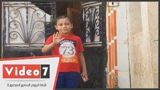 الطفل المصاب بالسرطان: شكرا يا بابا السيسى على بناء مدرسة ومحطة تنقيه المياه بالقرية