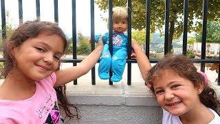 Masal Bebek Bakıcısı Oluyor  Cicciobello Bebek Bakıyor - Kids Pretend Play Taking of Babies feeding