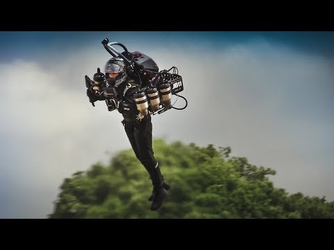 Real Life GTA: Man flying with a Fully Functional Jetpack! - JB11 Display at Goodwood FoS