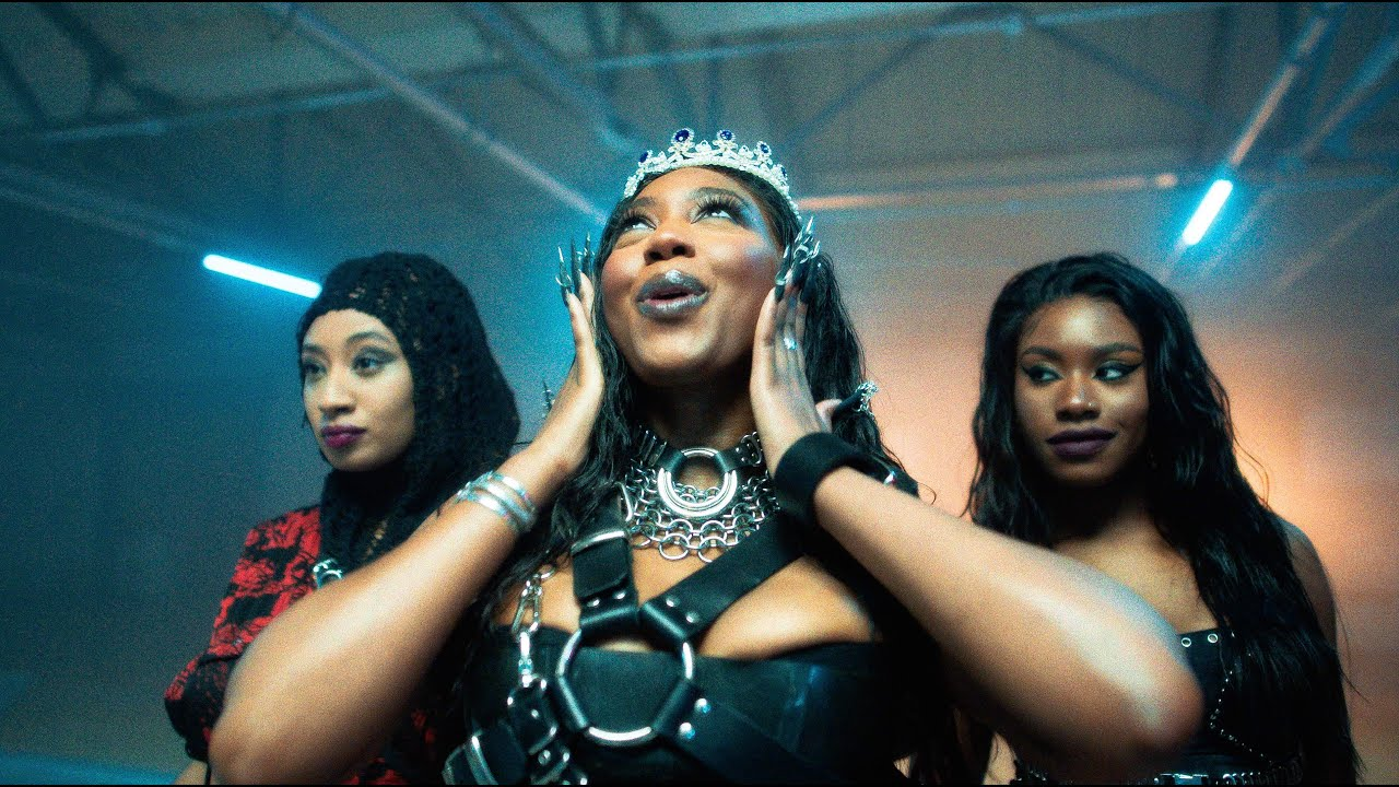 Download Ms Banks – Go Low (Official Video)