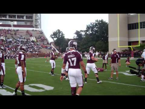 Video: Tyler Russell warming up with Rimington Trophy Watch List Center Dillon Day