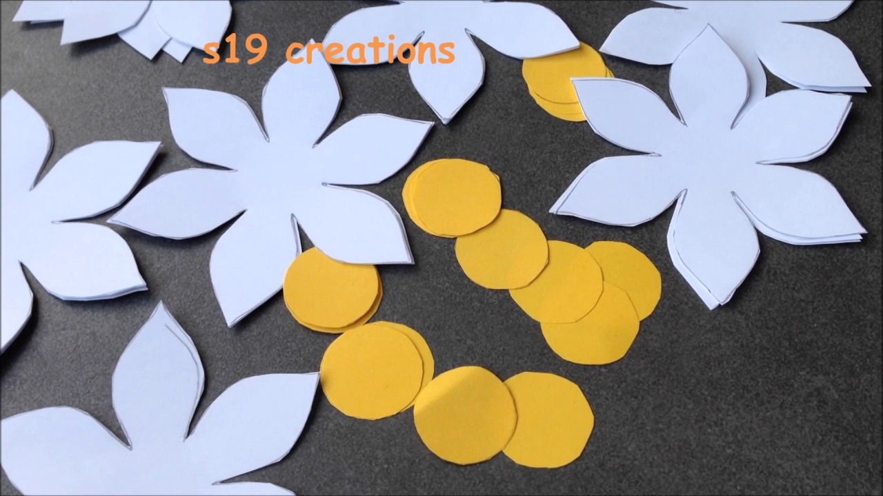 Wall hanging flowers with papers Easy DIY - YouTube