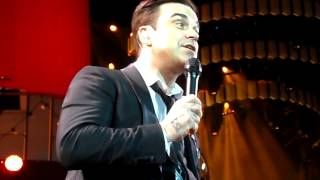 Robbie Williams - If I Only Had A Brain 05-05-14 Amsterdam