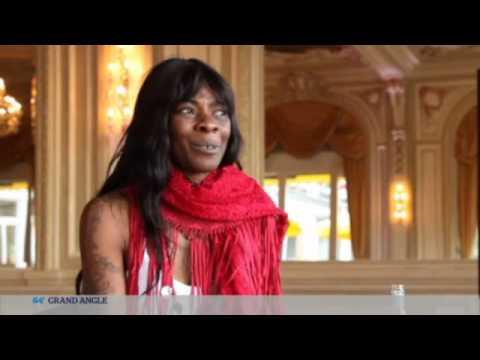 Buika & Pharrell Williams - Interview in TV5 Monde