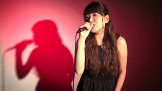 初めまして!KAERIです( ^ω^ )☆ 沢山の方の心に届く歌を歌うのが私の目...