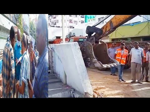 GHMC OFFICIAL HULCHUL DEMOLISH ROAD SIDE SHOPS IN MEHDIPATNAM TO TOLICHOWKI  & OTHER PLACES OF HYD |
