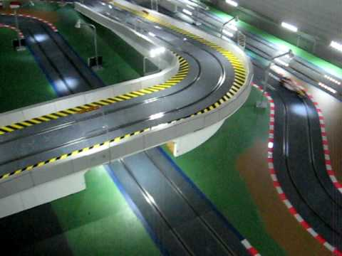 12/23/ · Scalextric Digital Slot Cars.If you are a beginning slot car racer, opting for a Scalextric digital slot car set is good choice.Scalextric is great if you are looking for expansion options and scalability, because you can always add track segments to your set.You will also have cars with working headlights and more realistic details.